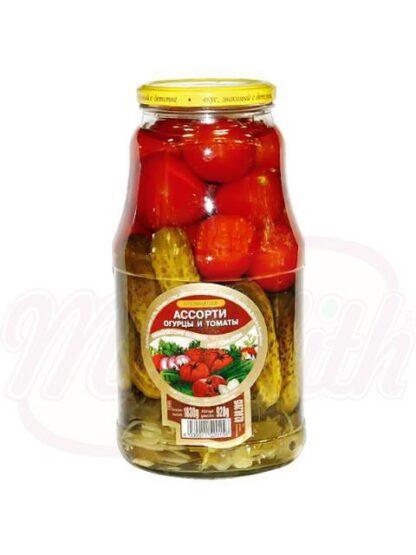 Assorti tomaten en komkommers