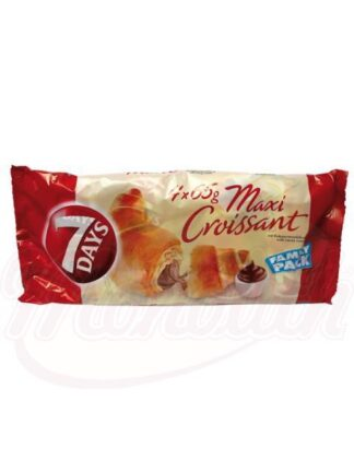 Croissants met cacao vulling